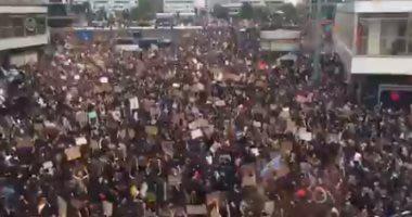 بسبب مقتل جورج فلويد.. احتجاجات بالآلاف فى شوارع برلين لرفض العنصرية