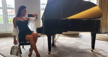 جورجينا رودريجيز تنشر لقطات جديدة من إجازة الصيف مع رونالدو.. فيديو