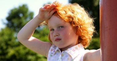 اعراض ضربة الشمس عند الاطفال عديدة تعرفى عليها