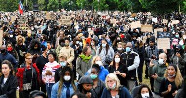 حوادث مقتل السود تثير إشكاليات قضية العنصرية في المجتمع الأمريكي
