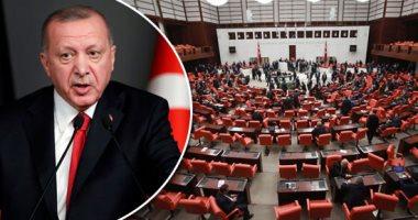 فيديو: قيادى تركى معارض: قصر أردوغان يفسد ميزان العدالة في تركيا
