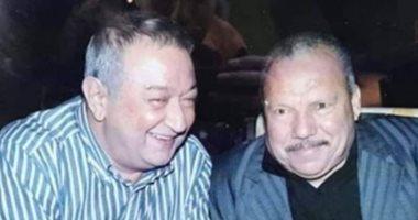 """قصة صورة.. نور الشريف مع الحاج نادي الشخصية الحقيقية لـ""""عبد الغفور البرعي"""""""