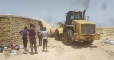 صور.. إزالة 7 حالات تعدى على أراضى الدولة بشمال سيناء