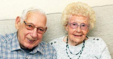 """""""ماسكين إيد بعض"""".. وفاة زوجين بكورونا فى مستشفى بريطانى بعد 71 سنة زواج"""