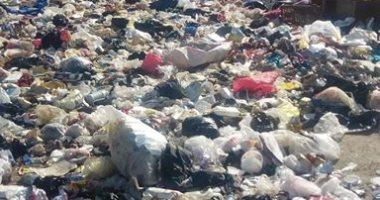 سيبها علينا .. شكوى من انتشار القمامة بمساكن ايجيكو 1000 بحى السلام