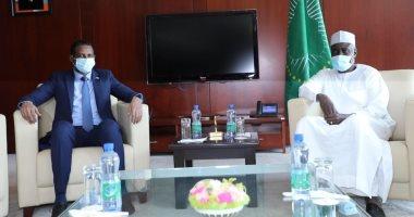 نائب رئيس مجلس السيادة السودانى يلتقى برئيس مفوضية الاتحاد الأفريقى