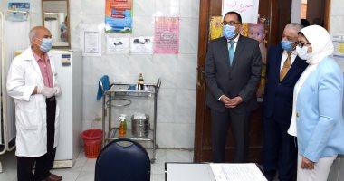 رئيس الوزراء يتفقد إجراءات الوقاية بامتحانات الثانوية في مجمع الملك فهد اليوم السابع