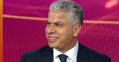"""إبراهيم سعيد مداعباً وائل جمعة: """"جورج كلوني الغلابة"""""""