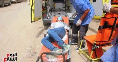 صور.. امتحانات الثانوية الأزهرية: نقل طالب لمستشفى العزل للاشتباه فى إصابته بكورونا