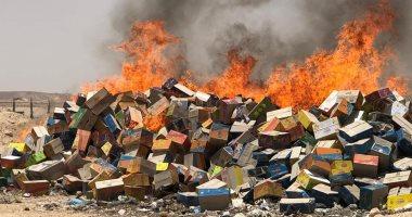 """إعدام 9000 كرتونة """"شيبس"""" منتهية الصلاحية بمدينة البلينا جنوب سوهاج (صور)"""