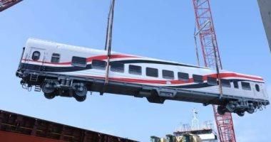 أول دفعة عربات روسية جديدة قادمة للسكة الحديد تصل رصيف ميناء الإسكندرية