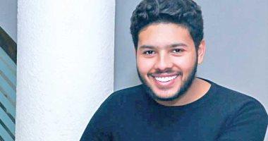 المطرب محمد شاهين: أجريت مسحة فيروس كورونا وانتظر النتيجة خلال 48 ساعة