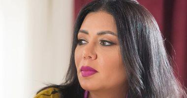 """رانيا يوسف أم لـ 3 بنات مع بيومى فؤاد فى مسلسل """"الحرامى"""""""