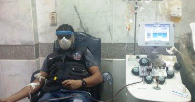 """مدير الطب الوقائى بأسوان يتبرع ببلازما الدم عقب تعافيه من """"كورونا"""""""
