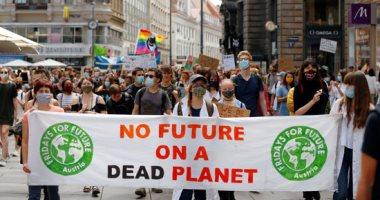 """""""لا وظائف على كوكب ميت"""".. مسيرة من أجل المناخ فى فيينا"""