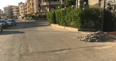 سكان الشيخ زايد يناشدون رفع القمامة ووضع صناديق لجمع المخلفات بالحى