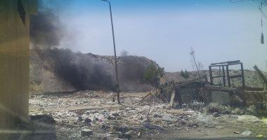 سكان الصعيد ٩٩٦ النهضة بالقاهرة يشكون انتشار الأدخنة بسبب حرق القمامة