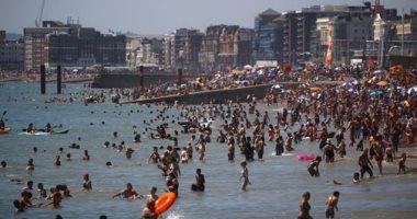 إندبندنت: فرنسا تهدد بريطانيا بالمعاملة بالمثل فى فرض الحجر الصحى على السياح