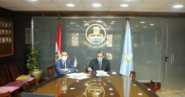 """محافظ كفر الشيخ يجتمع عبر """"كونفرانس"""" مع وزيرة الصحة لمجابهة فيروس كورونا"""