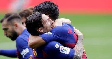 صورة هل تتجدد الحرب بين ميسي وإدارة برشلونة بعد رحيل سواريز؟