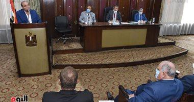 """""""صحة البرلمان"""" توافق نهائيا على قانون بدل المهن الطبية وصندوق تعويض المخاطر"""