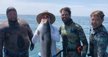 رحلة صيد جديدة لابن الرئيس الأمريكى دونالد ترامب.. والحصيلة أسماك عملاقة