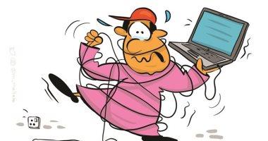 كاريكاتير صحيفة كويتية.. التعليم عن بعد فى وقت الأزمات
