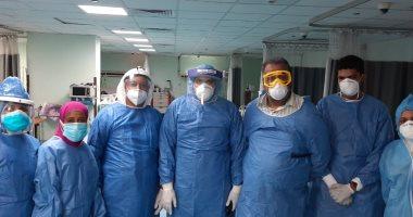 15 متعافيا من كورونا يغادرون مستشفى الأقصر العام.. صور
