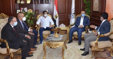 محافظ بنى سويف يشكر تنسيقية شباب الأحزاب والسياسيين لدعمها المنظومة الصحية ضد كورونا