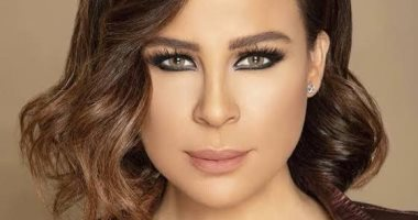 كارول سماحة تطالب باستقالة نواب البرلمان اللبنانى.. ونوال الزغبى: حكام الفساد
