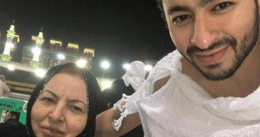 محمد فؤاد ووليد سعد ينعيان والدة حمادة هلال بعد وفاتها صباح اليوم