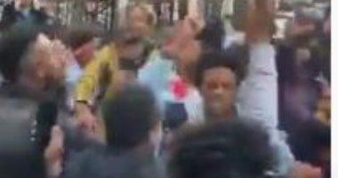 احتجاج الجالية الأثيوبية فى لندن بعد مقتل مطرب شهير (صور)