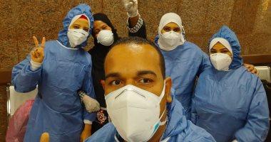 صور.. مستشفى الأقصر العام: خروج 10 حالات بعد شفائهم من فيروس كورونا
