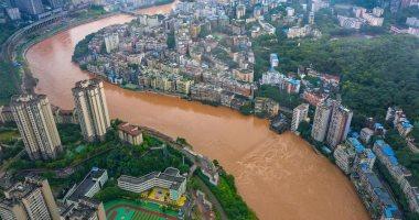 السلطات الصينية: 90 ألف شخص تأثروا بالأمطار والفيضانات