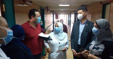 صور.. نائبا محافظ القليوبية فى جولة مفاجئة لـ4 مستشفيات لخدمة مصابى كورونا