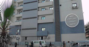 """اصابة أكبر معمر """"106 سنة"""" بكورونا ونقله لمستشفى دمنهور التعليمى"""