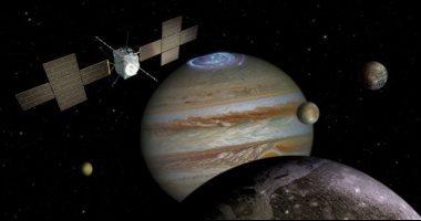 أغرب اكتشافات الفضاء داخل المجرة وخارجها.. ثقب أسود يبلغ حجمه 34 مليار مرة كتلة شمسنا.. العثور على علامة مسلسل خيال علمى بسطح المريخ.. كوكب أورانوس يسرب غلافه الجوى.. ونجمة غريبة تتلاعب فى إضاءتها من وقت لآخر