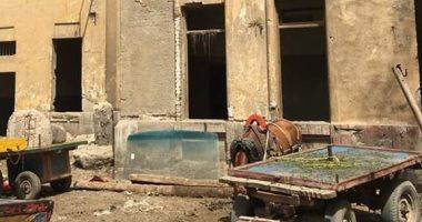 """الدولة تستعيد مبنى محكمة بلبيبس بعد تحويله لـ"""" استبطل خيل"""" (صور)"""