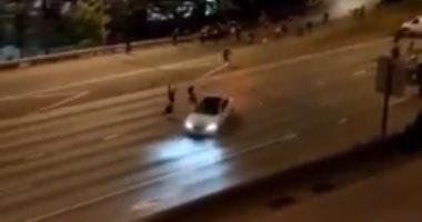 سيارة تصدم عدد من المتظاهرين فى مدينة سياتل الأمريكية.. فيديو