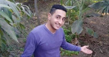 """والد شاب قتله عاملان لـ""""اليوم السابع"""" : هو ابني الوحيد و أطالب بإعدامهما"""