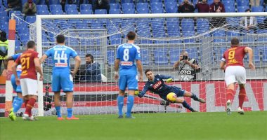 ملخص وأهداف مباراة نابولي ضد روما في الدوري الإيطالي