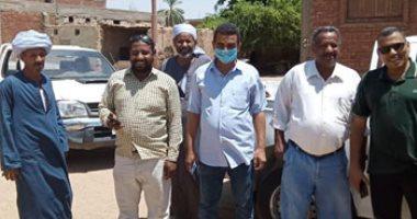 لجنة من محافظة أسوان تتفقد قرية الرئيسية بادفو ضمن مبادرة حياة كريمة