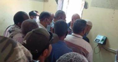 قارئ يشكو من الزحام وعدم اتباع إجراءات الوقاية فى جهاز مدينة العبور بالقاهرة