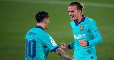 برشلونة يدمر فياريال برباعية مثيرة فى الدوري الاسباني.. فيديو