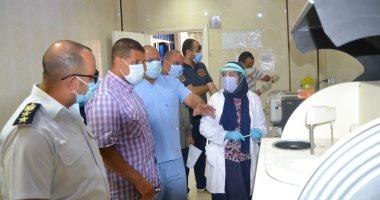 اللجنة الدائمة لإدارة أزمة كورونا بالسويس تتفقد المستشفى العام.. صور