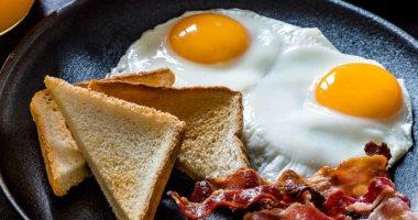 أضرار الإفراط بتناول البيض.. يرفع الكوليسترول ويسبب الإسهال