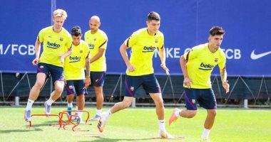 دي يونج وفيربو يعودان لتدريبات برشلونة استعداداً لمباراة بلد الوليد.. صور