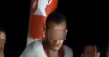 القبض على 8 متهمين بتعذيب شاب بالبحيرة وتقييده بعمود كهرباء عاريا.. فيديو