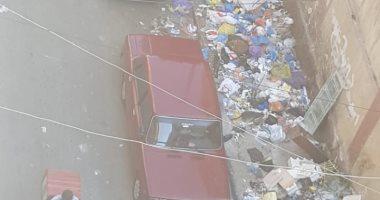 سكان شارع شيديا بالإسكندرية يشكون تراكم وإلقاء القمامة بالمنطقة