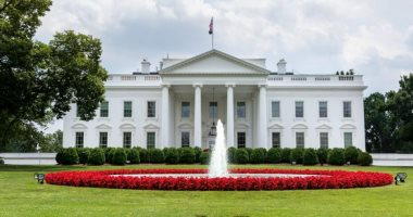 البيت الأبيض يحذر الصين من الرد بالمثل بإغلاق قنصلية تشنغدو